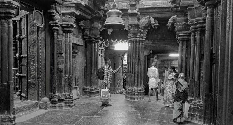 Musical pillars India १६१ खांबांमधून सप्तसुर येणारे शंकराचे गूढ मंदिर