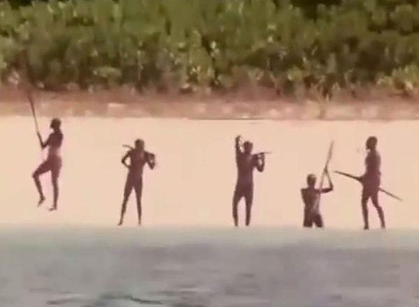 Sentinelese Tribe एक जमात जीचा जगाशी संबंध नाही