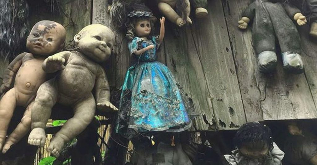 Island of the Dead Dolls