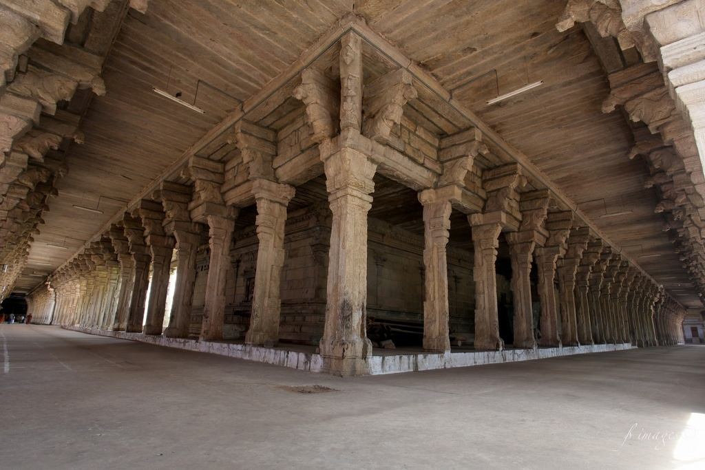 Musical pillars India